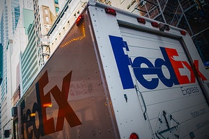 Beat FedEx Scams: Stay Safe From Imposters and Fraudsters