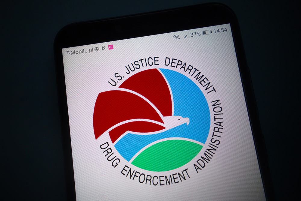 """DEA Impersonators: How to Protect Yourself from """"DEA"""" Phone Scams"""