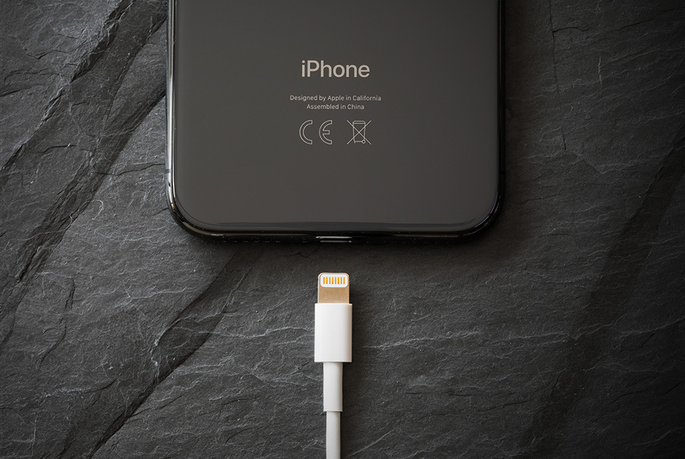 Fake vs. Real iPhone Charger: 6 Ways to Tell the Difference