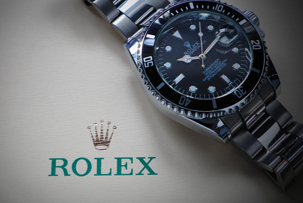 How to Spot a Fake Rolex: 8 Tell-Tale Signs to Look For