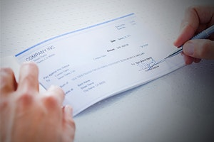 9 Things to Do To Avoid Bounced Checks: Best Practices