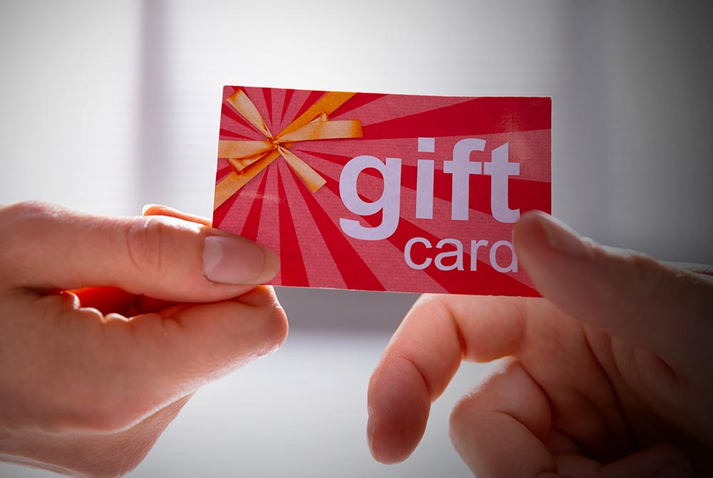 How to Avoid Facebook Free Gift Card Scams: Red Flags