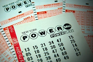 """Tips to Avoid Fake Lottery Tickets Being Sold as """"Winners"""""""