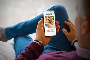 Tinder Code Scam Leads to Monthly Porn Subscriptions